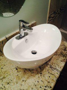 Kleine badkamer tips - Zwevende meubels