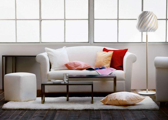 Rustig witte woonkamer inrichten