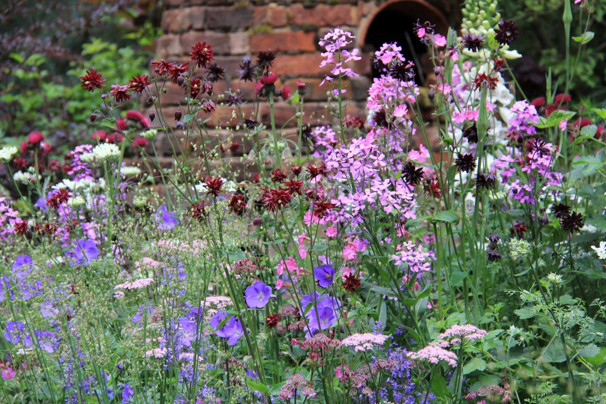 Romantische tuin idee n inspiratie wiki wonen for Ideeen voor tuin