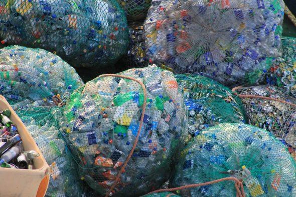 Plastic afval scheiden, hoe en waarom?