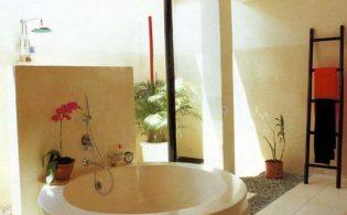 Badkamer en suite, een bad in je slaapkamer