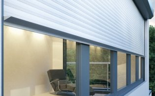 Maak uw woning met rolluiken zonwerend, isolerend en geluidswerend.