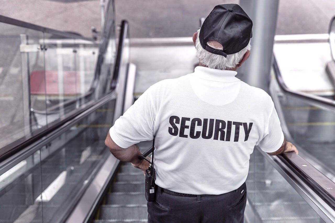Is een alarmsysteem voldoende beveiliging voor je woning?