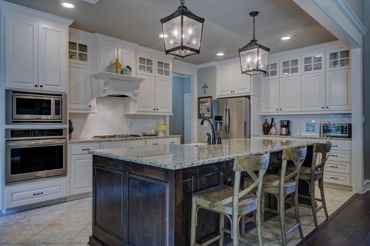 Welke additionele kosten kun je verwachten bij het kopen van een woning?